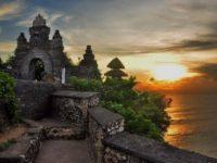 travellingbali-temples-uluwatu-temple1