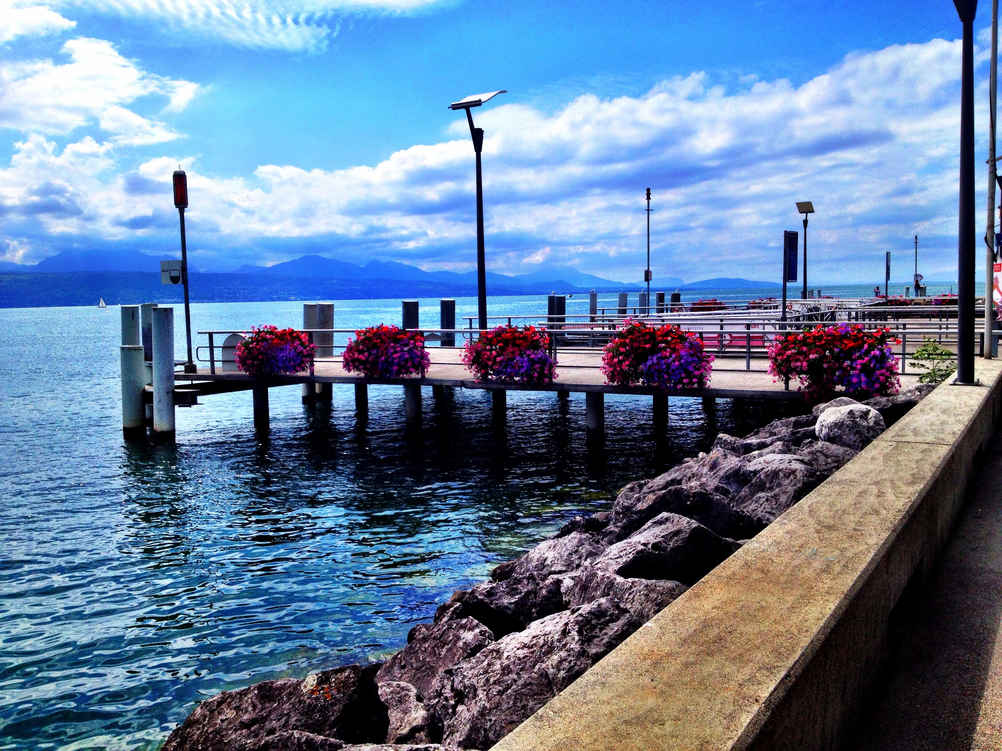 Switzerland st tropez for Kube hotel london